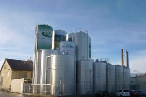 Arla Foods sells up to Belgium's Vache Bleue